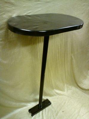 Столик с ножкой-105,1